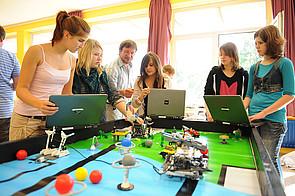 Roboter-AG am Internat Schloss Buldern