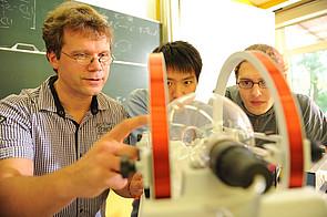 Schüler im Physikunterricht