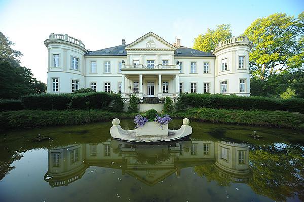 Bild Schloss Buldern Außenansicht