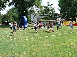ISB Sommerolympiade: Volleyball-Feld