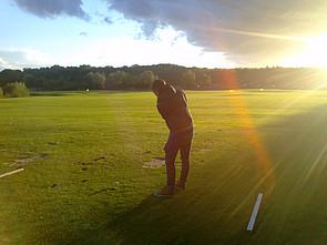 Bild Schüler beim Golfen